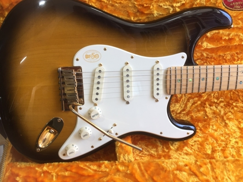 fender-50th-anniversary-deluxe-stratocaster-2004-2-001